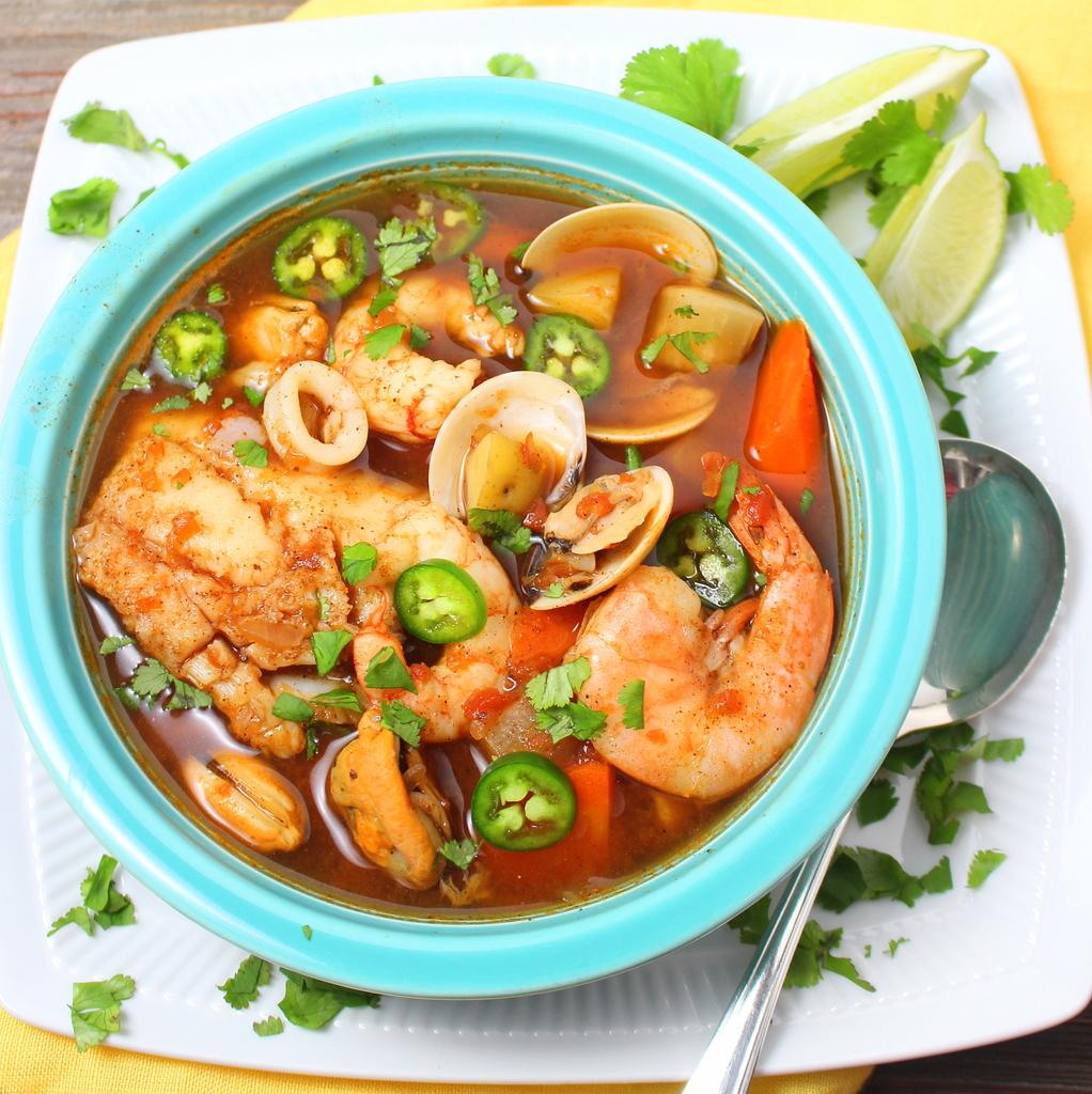 Caldo de mariscos mexican seafood soup bloggerclue for Fish and shrimp soup